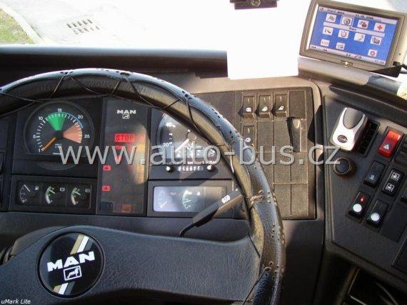 Instalace navigačního systému, DVD přehrávače