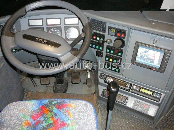 Instalace DVD přehrávače, stropních monitorů, parkovací kamery